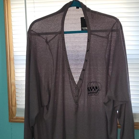 Long sleeved,waffle knit ,skull shirt size 6